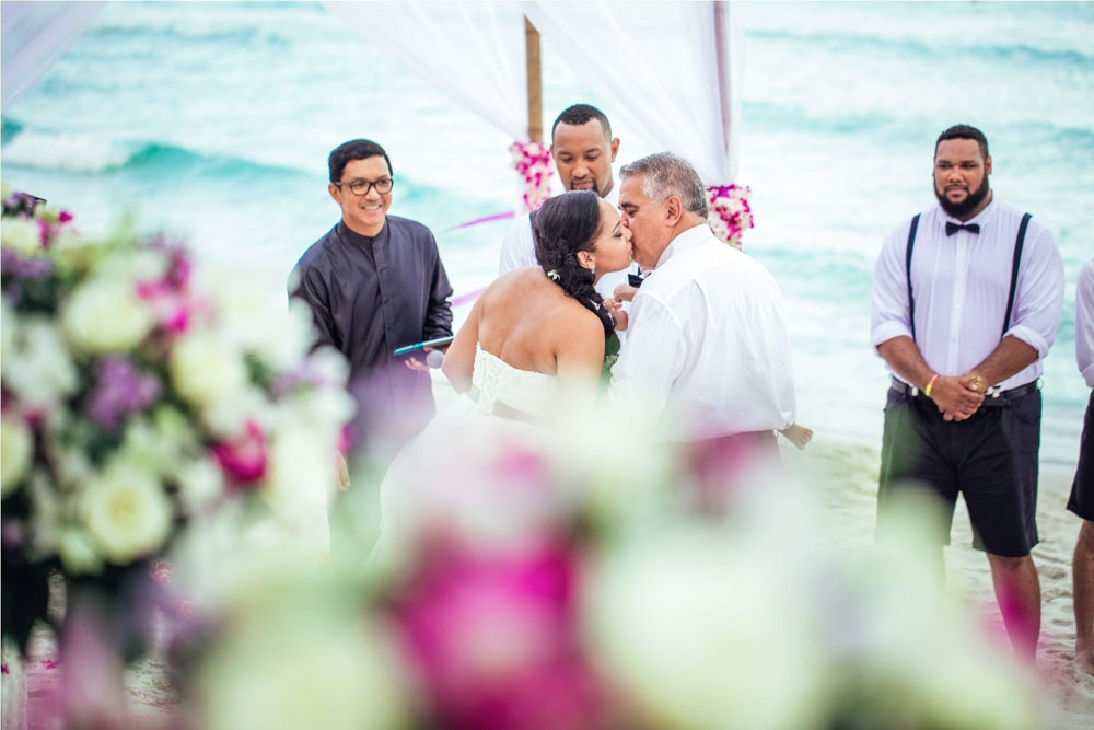 Samui Master of wedding Ceremony
