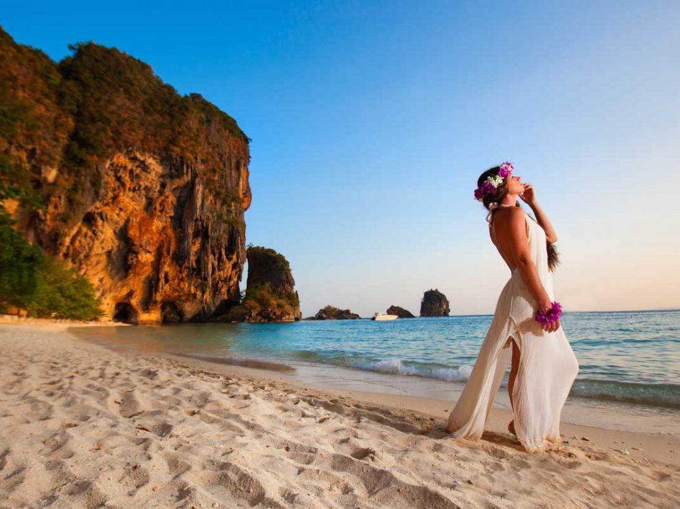 Marryan and Hanry honeymoon photo session in Rayavadee Krabi