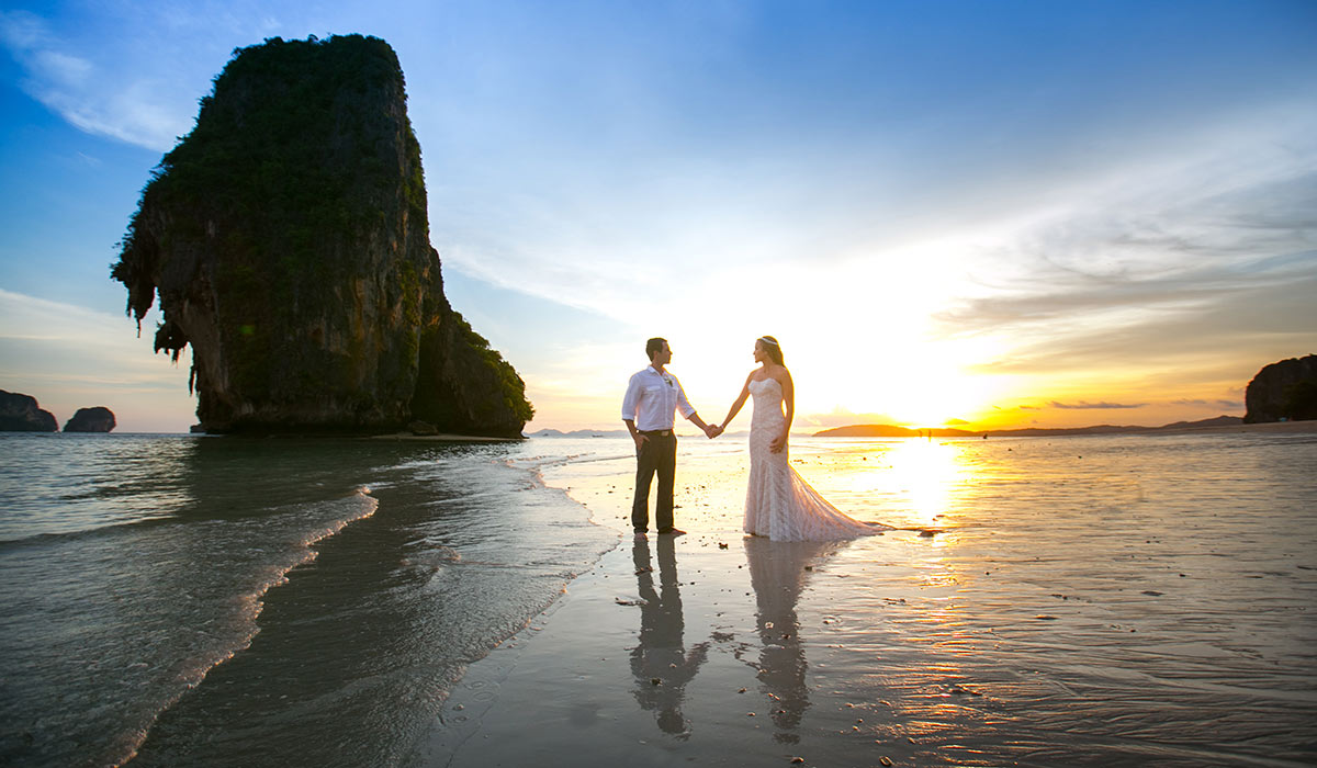 Phuket wedding photographer service