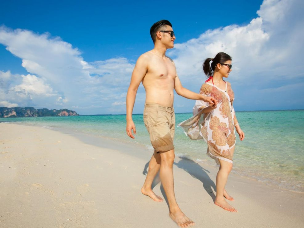 Honeymoon photo session for Tommy during honeymoon in Krabi